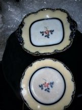 2 X ANTIQUE PEDESTAL COMPORTS & 4 MATCHING PLATES HANDPAINTED COBALT RIM 9035